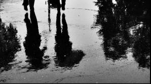 După CANICULĂ, ploaie TORENŢIALĂ în Bucureşti