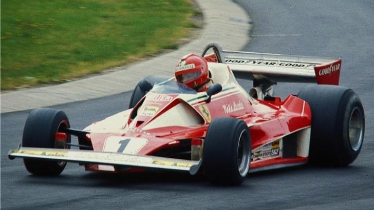 Niki Lauda n-a ajuns la Bucureşti cu monopostul, dar trimite avioanele / Foto: Guliver