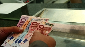 Normalizarea dobânzii cheie va afecta în mod disproporţionat Spania, Grecia, Portugalia şi Irlanda