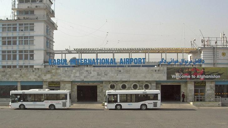 Trei americani, ucişi pe aeroportul din Kabul de către un membru al forţelor de securitate afgane