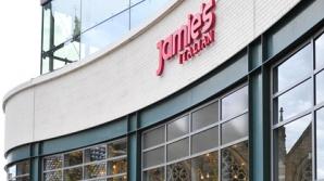 Restaurantul lui Jamie Oliver din Birmingham, vandalizat în timpul violenţelor din UK