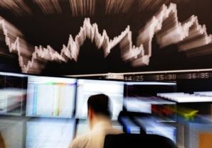 SUA atacă credibilitatea S&P, după retrogradarea ratingului