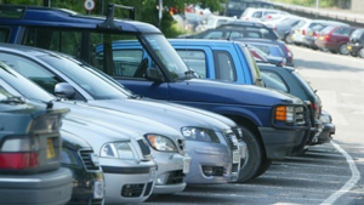 Şoferii români apelează la firmele care fac înmatriculări în Bulgaria mai ales atunci când doresc să înmatriculeze o maşină cu capacitate cilindrică mare, adusă din străinătate