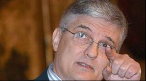 Dăianu propune salarii cu 30% mai mici la ASF