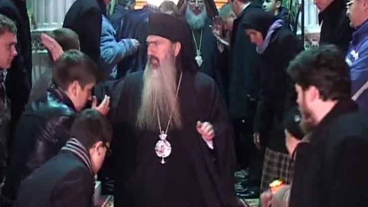 Arhiepiscopul Tomisului, acuzat de relaţii sexuale cu un minor