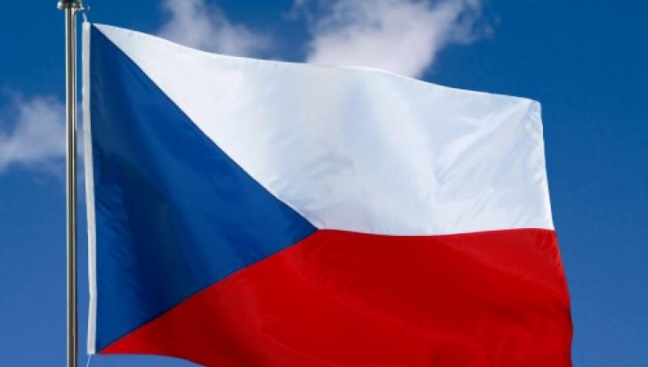 Cehia prelungește starea de urgență