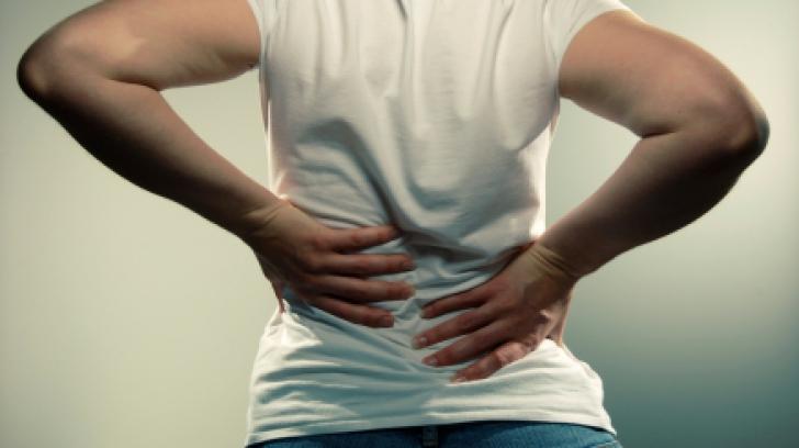 Durerile de spate pot ascunde un cancer de pancreas, spune Dr. Oz