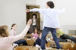 Elevii mai mici ar putea fi diagnosticaţi cu ADHD