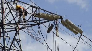 Preţul energiei electrice plătit de populaţia din România, raportat la puterea de cumpărare, este peste media UE, aproape dublu faţă de nivelul din Franţa