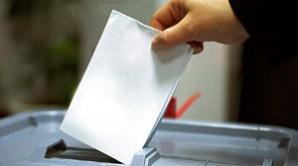 Slovacii votează în cadrul scrutinului legislativ anticipat