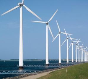 Raport EWEA: Investiţiile în eoliene, îngreunate de infrastructură şi procesul greoi de avizare