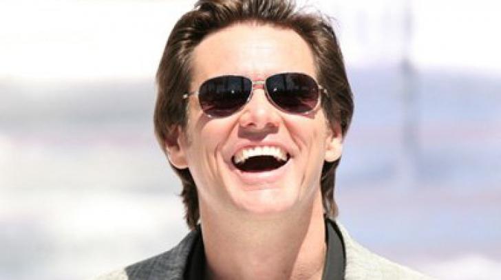 Jim Carrey a locuit într-un microbuz, împreună cu toată familia, după terminarea liceului
