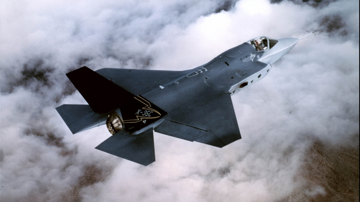 "F-35 ""Joint Strike Fighter"""