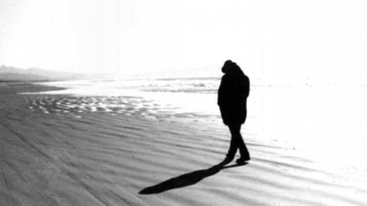 <p>Singurătate promovează instinctul de supravieţuire</p>