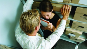 Cât de nocive sunt relaţiile amoroase la job