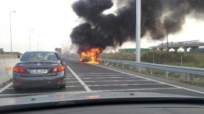 Maşină în flăcări pe A3