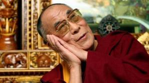 Dalai Lama a scris pe Facebook că religia nu mai este adecvată