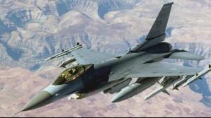 Un avion de luptă F-16 american s-a prăbușit la decolare în Afganistan. Pilotul s-a catapultat