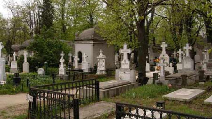 Tiraj observațional la poarta cimitirelor, de Ziua Morților. Unde se va întâmpla asta