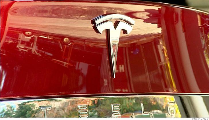 Tesla se tine de cuvant! 1200 de ventilatoare vor ajunge in California din China