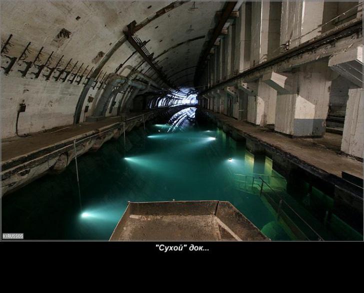 Călătorie în baza secretă de submarine din Golful Balaklava, peninsula Crimeea