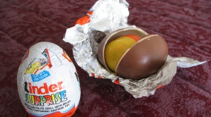 Un ou Kinder cu surprize i-a schimbat viaţa