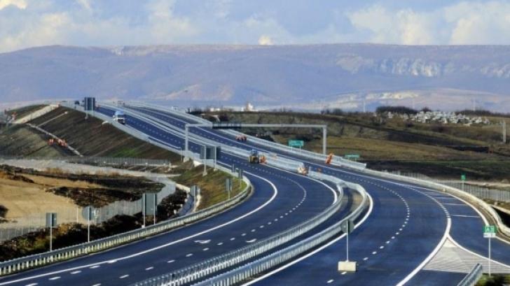 Ceauşescu voia, în anii 70, 3.200 de km de autostrăzi. Acum avem doar 500