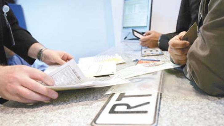 Registrul Auto Român informează persoanele fizice şi juridice care vor achiziţiona vehicule noi, (aflate la prima înmatriculare) de la 1 ianuarie 2013, că nu li se va elibera Cartea de Identitate fără Certificatul de Conformitate