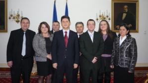 Delegaţia din Micherechi la o o întâlnire cu ministrul de Externe, Titus Corlăţean