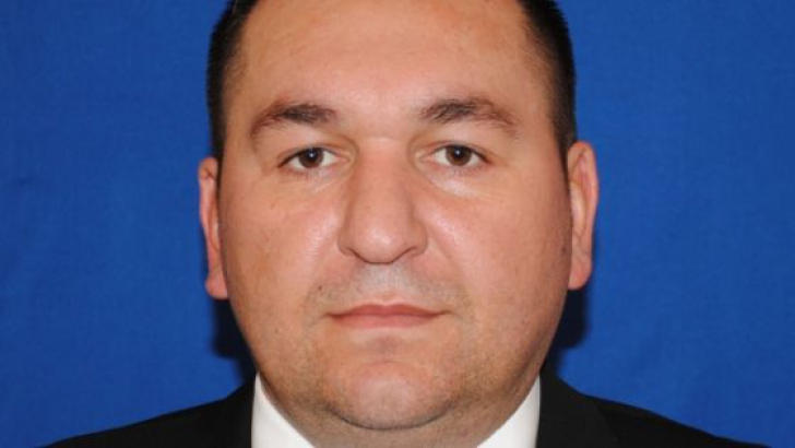 Sergiu Vizitiu, un boboc politic mic si portocaliu ,dar plin de euro