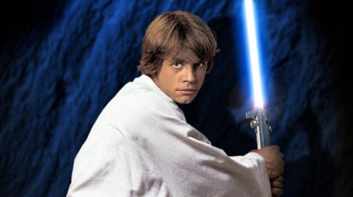 Luke Skywalker revine în Războiul Stelelor