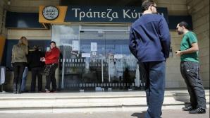 Cipru vrea să acorde cetăţenie străinilor care au pierdut peste 3 milioane de euro în băncile locale