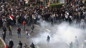 Manifestaţii pro şi contra lui Morsi, soldate cu morţi