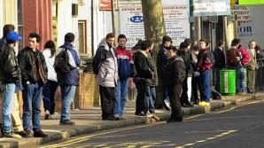 Guvernul britanic caută modalităţi pentru descurajarea migraţiei din ţări UE