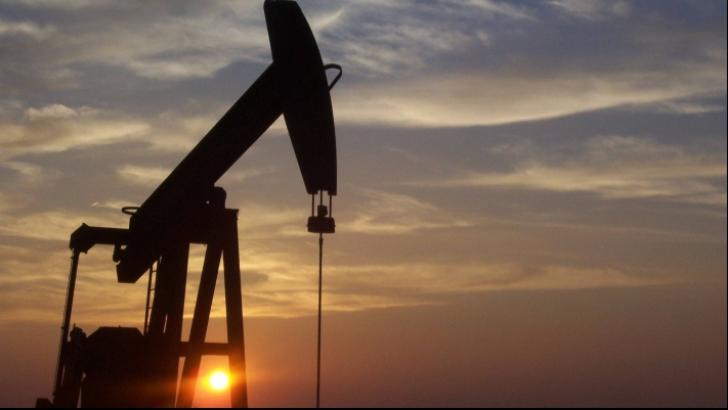 Preţul petrolului, la cel mai ridicat nivel din ultimii trei ani