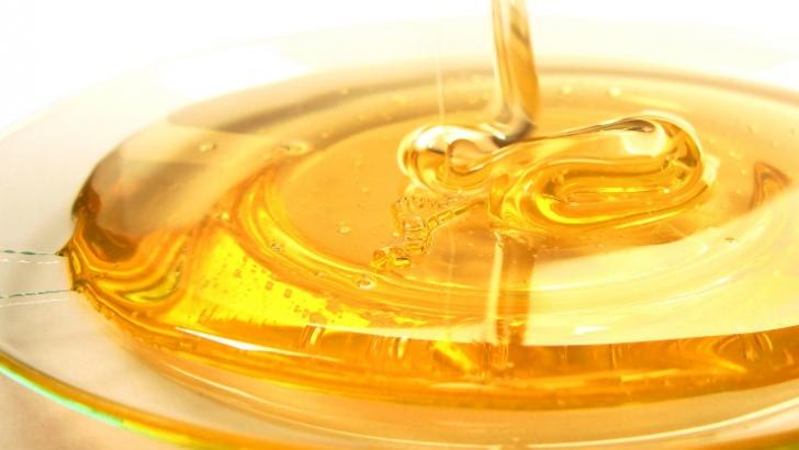 Cele mai bune măşti pentru ten cu miere şi oţet de mere / Foto: radiantonraw.typepad.com