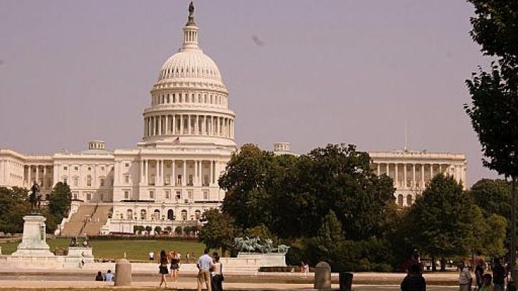 CAPITOLIUL din Washington, EVACUAT parţial din cauza unor pachete suspecte