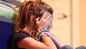 Adolescență distrusă de pornografia online
