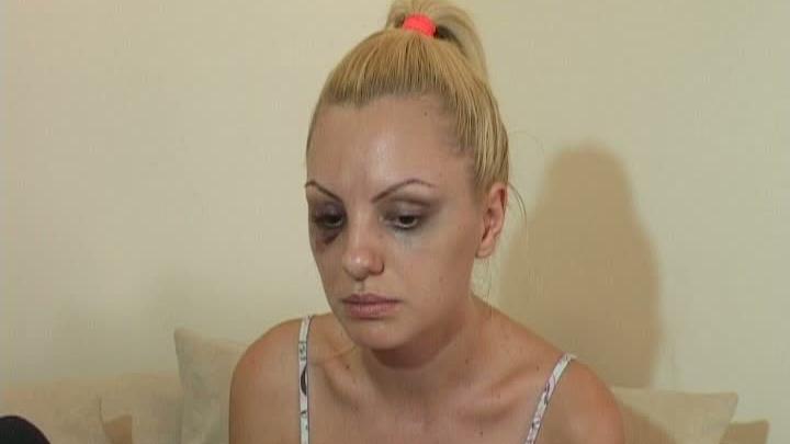 Alexandra Stan, bătută de managerul şi impresarul său