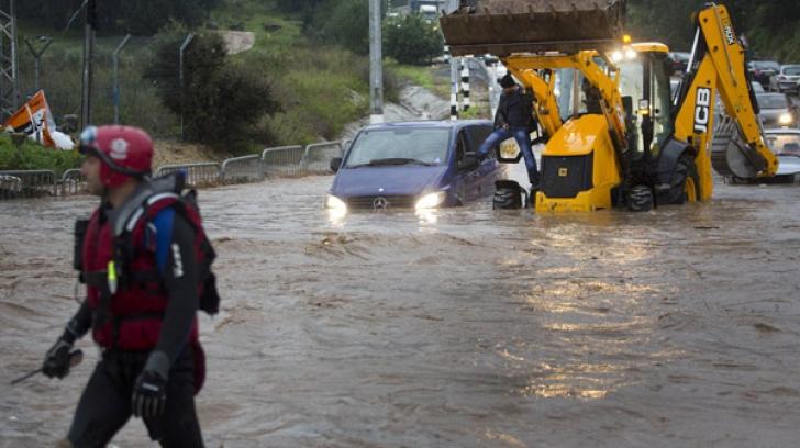 Foto arhivă. Atenționare de inundații pe râuri din Cluj