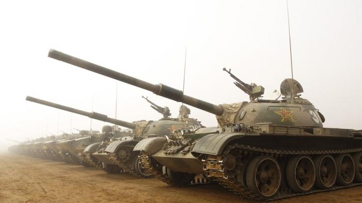 Tancuri aparţinând armatei Chinei