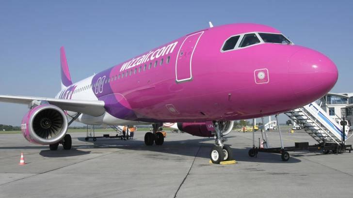 Avionul companiei Wizz Air Bucureşti-Roma care a aterizat de urgenţă era foarte nou