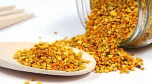 Beneficiile necunoscute ale polenului. O linguriţă pe zi tratează o afecţiune extrem de gravă