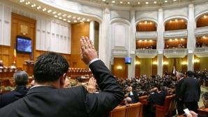 Senatorii şi deputaţii au renunţat la SUPERIMUNITATE / Foto: dcnews.ro
