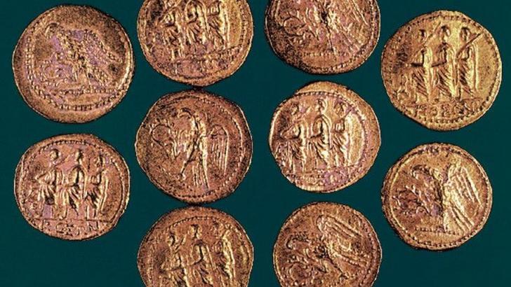 Mai multe tezaure din dosarul monedelor dacice, urmărite prin Interpol