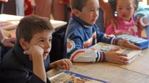 Evaluarea Naţională a elevilor de clasa a II-a începe luni. Ce fel de teste vor da