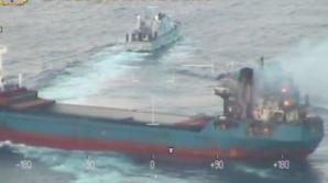 O navă spaniolă s-a rupt în două după ce a lovit un dig