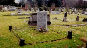 Britanica a născut lângă mormântul unei vrăjitoare
