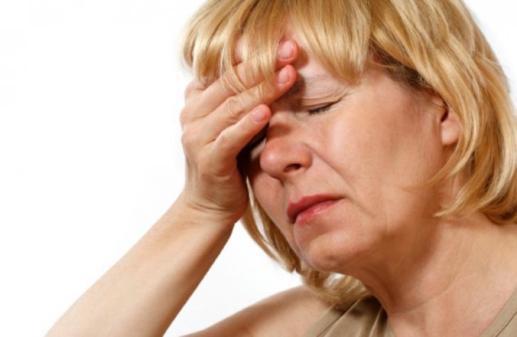 Cinci metode care calmează simptomele de menopauză