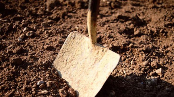 Investigaţii arheologice la Periprava pentru căutarea și deshumarea deținuților politici